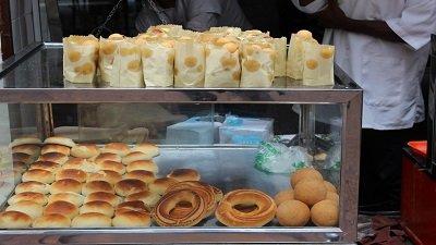 bunuelos y pan de yucas