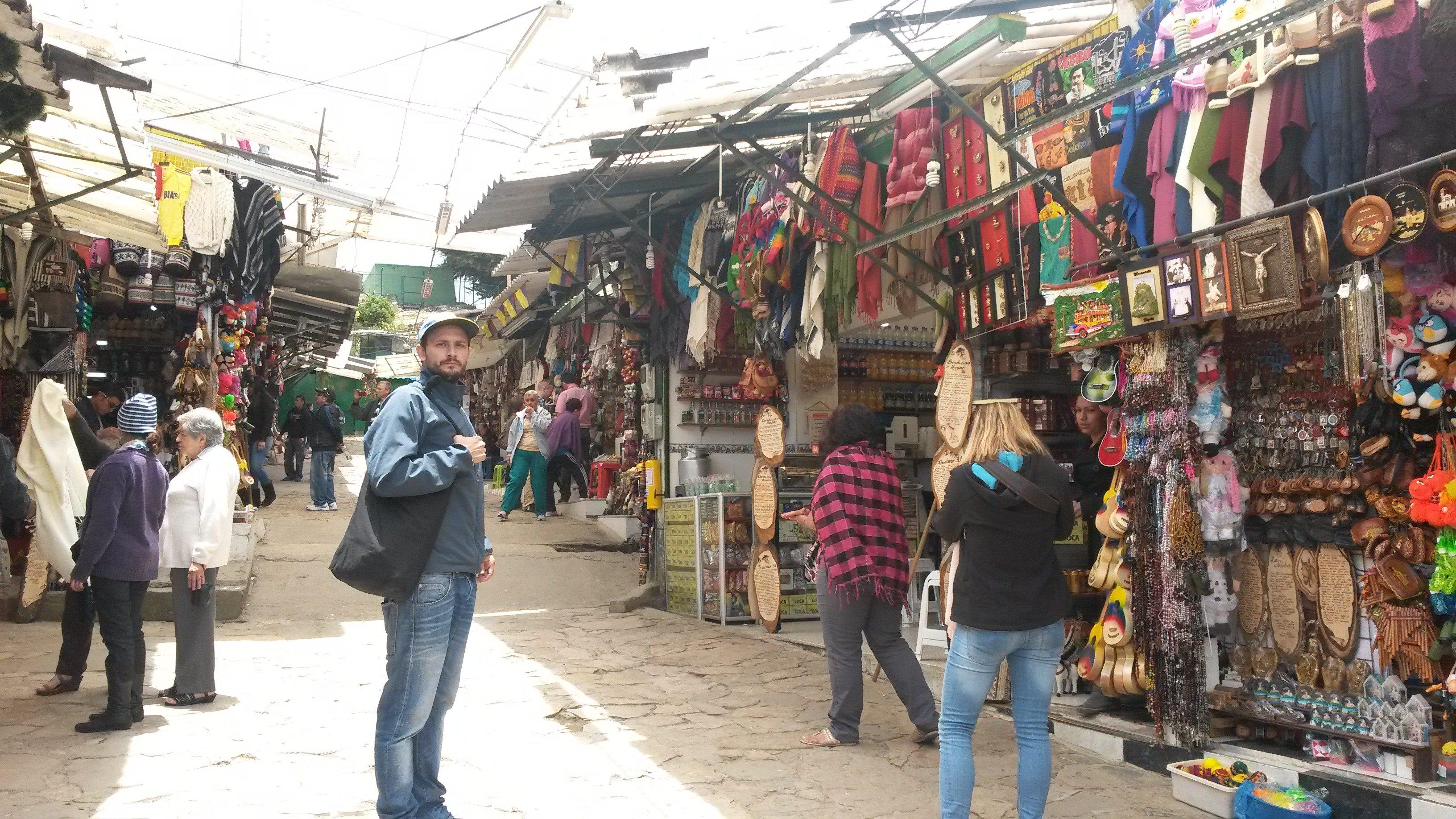mercado en monserrate